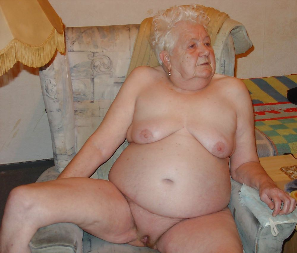 Очень старые голые бабушки