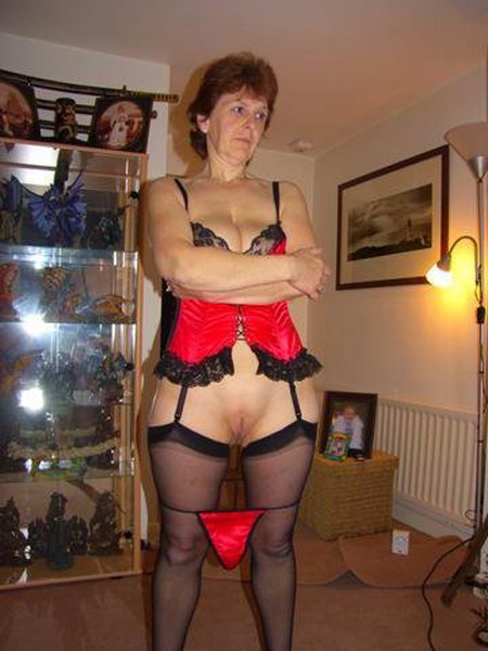 Horny mature bbw from montrose in scotland onwebcam - 2 4
