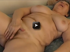 hairy pussy with toy and olg grandpa Hard