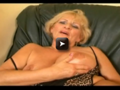 Granny gets double fucked